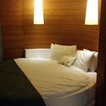 Round bed ��