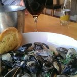 Mussels in White wine sauce the way i like it !