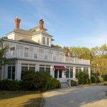 Bass Cottage Inn