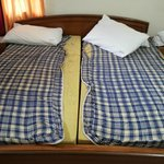Condition of Mattress, ?You can zoom and see Dreamland on pillows