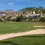 Hotelansicht vom Golfplatz