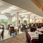 Restaurant (112833485)