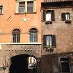 Arco de' Tolomei