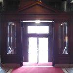 Penn Wells Hotel Main Entrance (Inside)