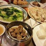 Foto de Sunshine Oriental Restaurant