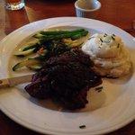 Balsamic Steak Tips with Portobello Mushrooms, fresh veggies and mashed potatoes!