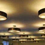 Crazy light sources in the breakfast room