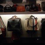 Mutsaers очень добротные голландские сумки.
