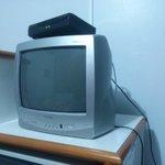 """TV 14"""" de tubo"""