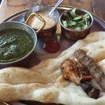 Saag chicken curry lunch set