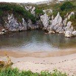 Playa de Gulpuyuri