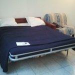pas de lit , un canapé pour une chambre 1/2 personnes