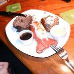 refeições fartas a preço justo - lagosta, filet e batata