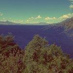 Una de las tantas hermosas vistas del Lago Huechulafquen llegando al Refugio del Pescador.