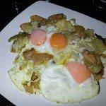 Tapa de huevos, patatas....