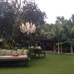 Lanai Lounge