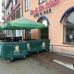 En & En Halv Kok & Bar