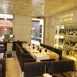 Côté restaurant - rôtisserie et bar à vin
