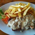 Mixed grill dish (beef, pork, turkey)