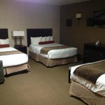 Sleeping area in the center suite in the separate suites annex - 3 beds in one area