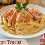 Pasta corta con Trucha