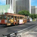 Waikiki Beach main boulvard
