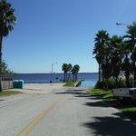 Street next to Three Bananas at Crescent Lake