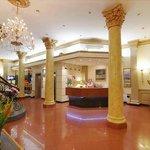스프링 호텔