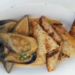 Mussels and home-made bread (this is the starter portion)