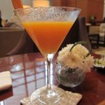 It was MANGO season, must go! must have! mango-tini.