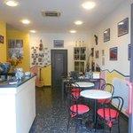 The Reception area, where the magic happens!  (La zona della reception, dove avviene la magia!)