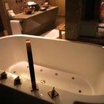 Soaking jacuzzi tub