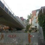 метро проходит под жилыми домами