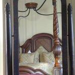 mirror in the Robert Lyon suite