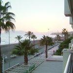 Promenade und Strand vom Zimmer 210