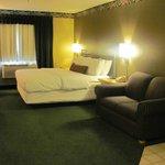 Whirlpool with King bed and Twin sofa sleeper