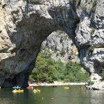 Le pont d'arc ardèche (bei Vallon pont d'arc)