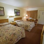 Two_Double_Room2