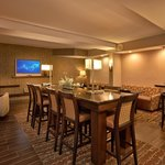 Dining/Lobby area