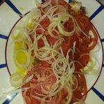 Atún con tomate natural