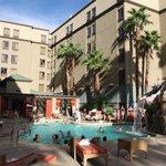 Las Vegas Hampton Inn Tropicana Pool