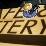 CAFE & POTTERY