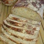 Le pain petri a la main