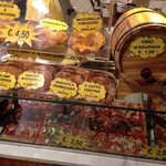 Wide selection of the best pizza in Firenze!
