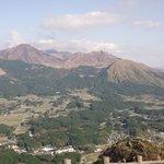 近くの俵山展望台からの眺望