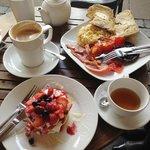 Lovely brunch at Papas Caffe!