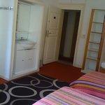 Lavabo dans la chambre 4 personnes + sdb avec wc douche Le Touquet 100€ la nuit pour 4 personnes