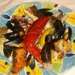 Fisch- und Meeresfrüchteplatte vom Grill