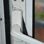 poignée de la porte fenêtre ne permettant pas de fermer correctement celle-ci
