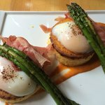 Eggs Benton